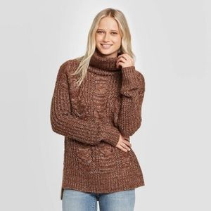 NWT universal thread sweater
